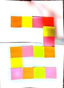 ΡΟΜΠΟΤΕΧΝΙΑ - επιτραπέζιο με χαρτάκια Post-it