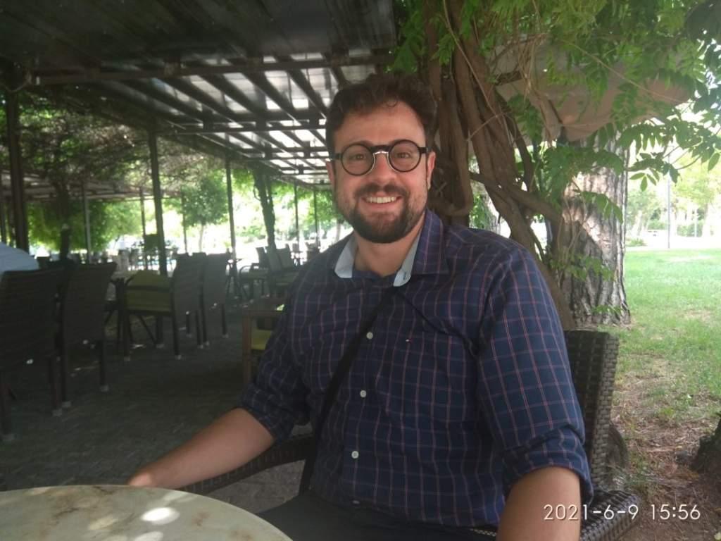 Συνέντευξη Β. Καλεντερίδη - Καθημερινές Ιστορίες
